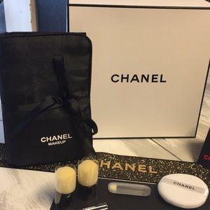 Chanel Brush Holder And Brush Set